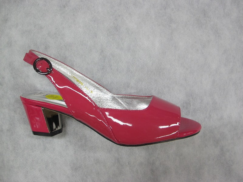 taranto luxemburg sandal in a fuschia patent finish