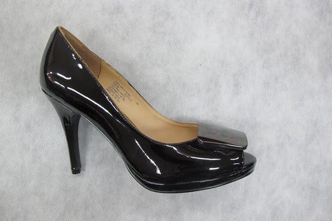 zizi sakho in black patent