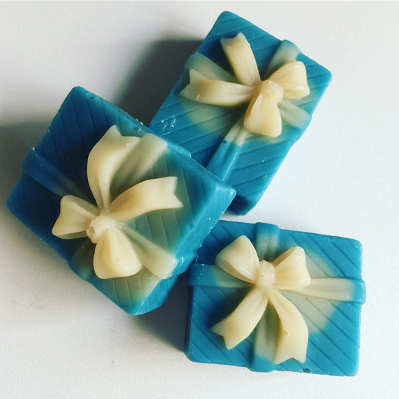 Customised tiny soaps