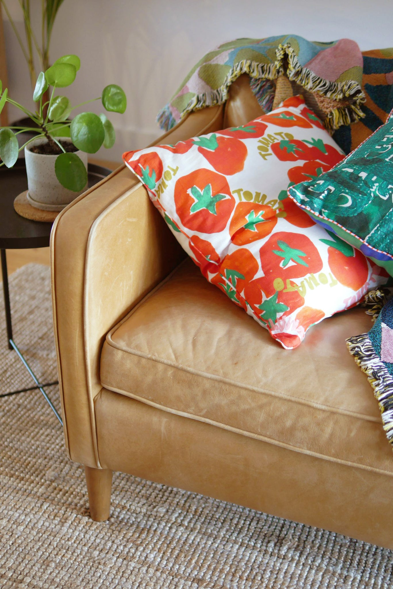 CUSHION COVER - TOMATO