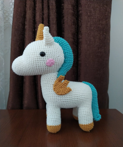 203 Best Interests - Unicorns images in 2020 | Crochet unicorn ... | 600x500