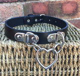 Double D & Heart Ring Leather Choker