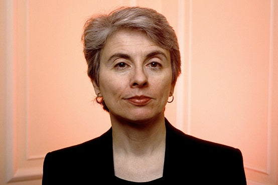 CAMILLE PAGLIA STOOPS TO CONQUER