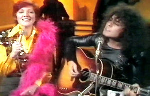 CILLA AND MARC – LIFE'S A GAS