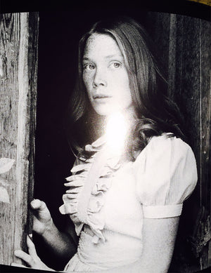 Sissy Spacek with wide lovely eyes in Badlands