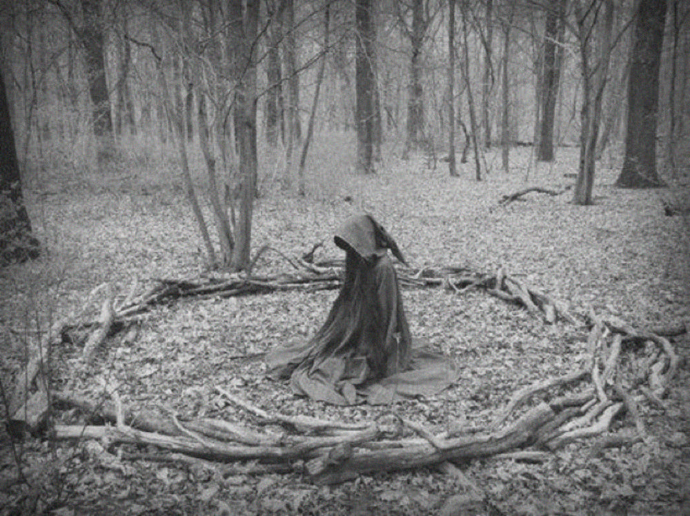 Ancient witches circle call