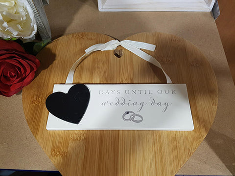 "Wooden Plaque ""Days until our Wedding"" - A Pinch of Love Gifts"