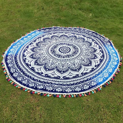 Round tassel picnic blanket or couch throw