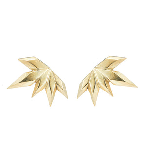 Element, Golden spark earrings