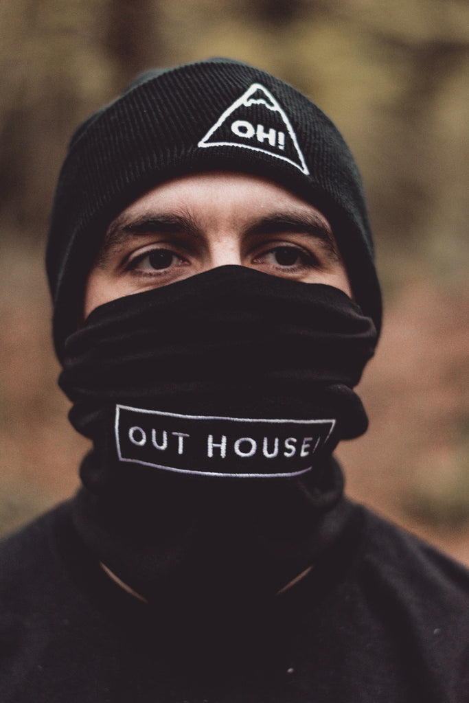 OUT HOUSE! Black Neck Ninja