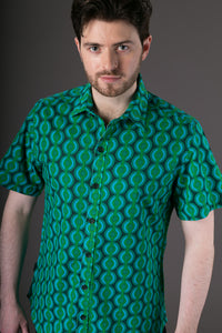 Green Geometric Print Cotton Slim and Regular Fit Mens Shirt Short Sleeve