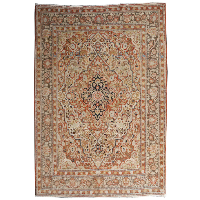 Antique rug Haji 5.3 x 4.1 / 165 x 125 cm