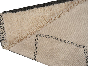 Contemporary hand knotted moroccan Beni Ourain rug Ivory, Beige, Dark Grey, Black 6.8 x 4.6 ft / 206 x 140 cm