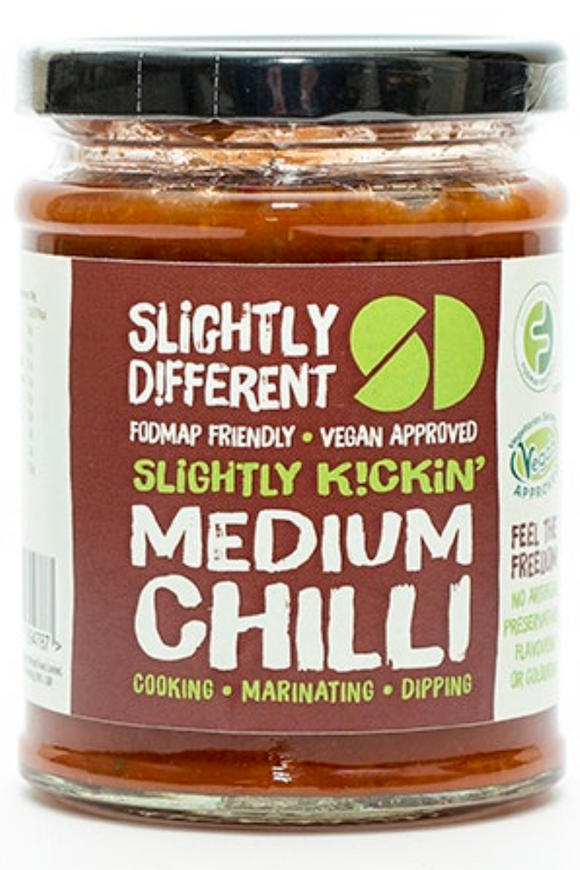 SLIGHTLY DIFFERENT Medium Chilli Sauce (265g)
