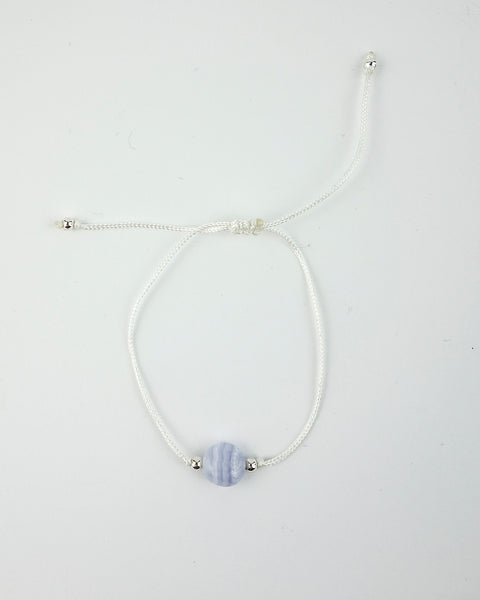 .... Weißes Everyday Companion Armband mit Chalcedon .. White Everyday Companion Bracelet with Blue Lace Agate ....