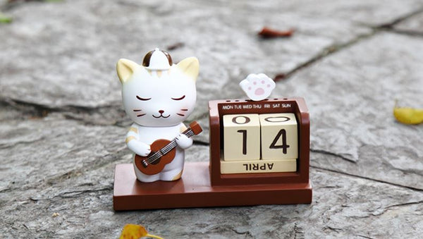 Home Calendar Wooden Perpetual cute cat