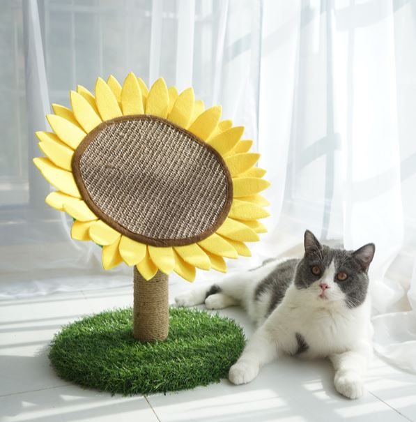 *MADE TO ORDER* Modern sunflower Cat Scratcher