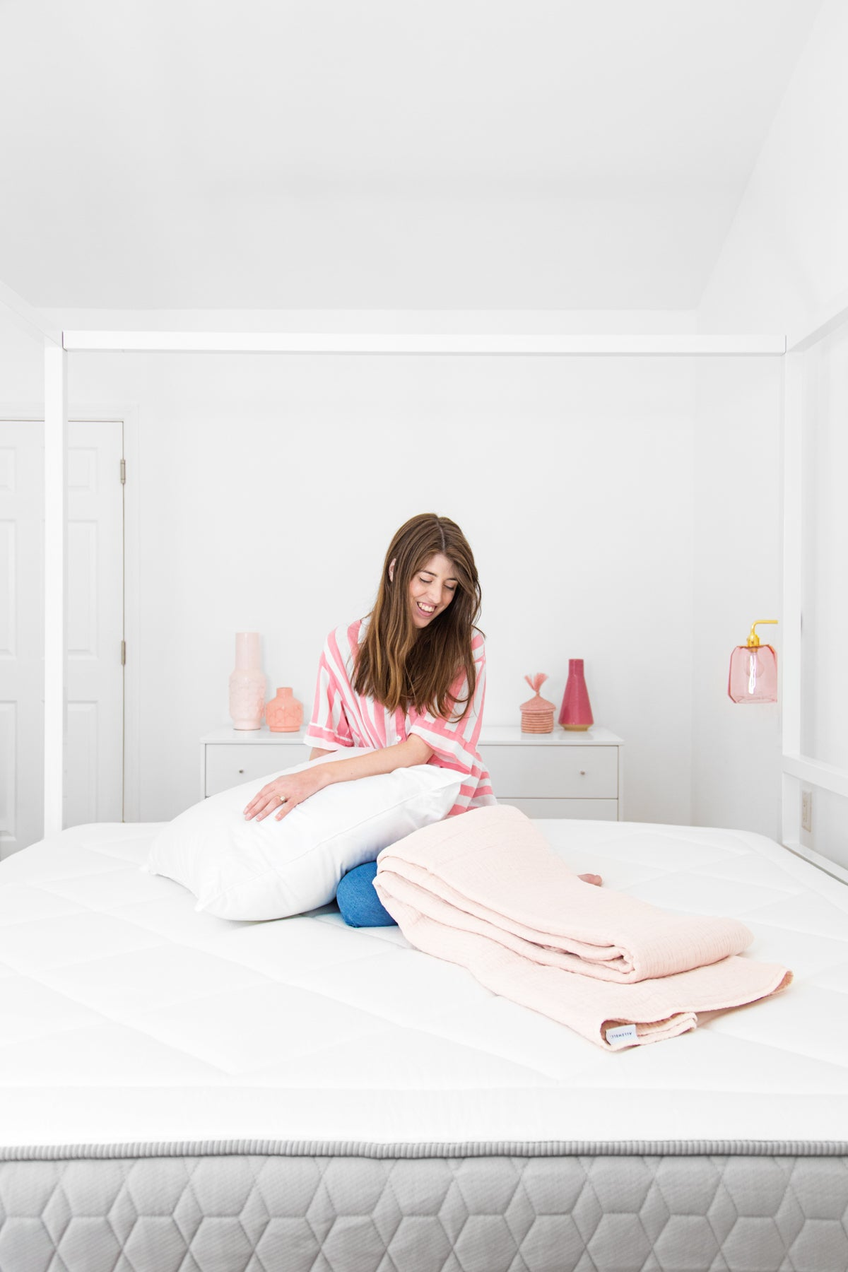 Blogger Kelly Mindell of Studio DIY on Allswell Bed