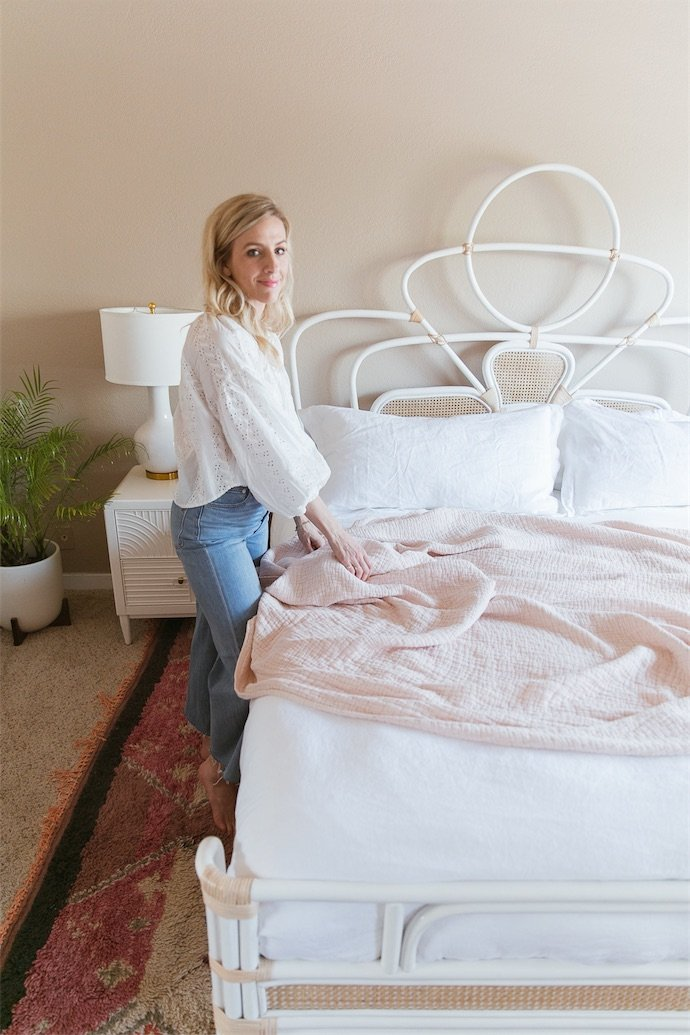 Taylor Sterling of The Glitter Guide making her Allswell bed