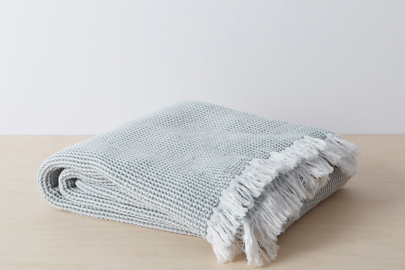Stonewashed Cotton Throw; color: grey