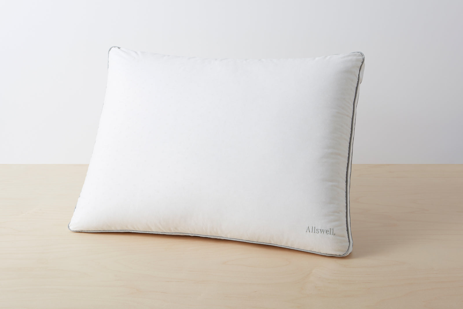 The Supreme Pillow; size: standard