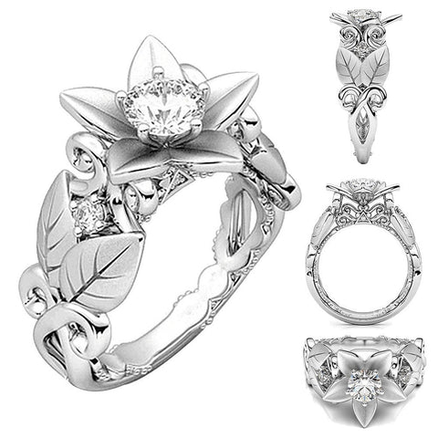Beautiful Women's Floral Ring With Lucky Rose Flower Design