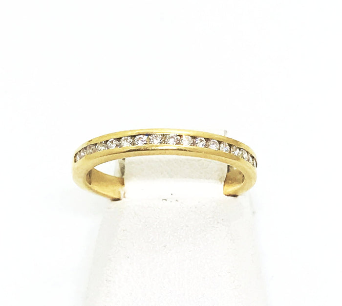 14k Yellow Gold Size 6 Diamond Ring