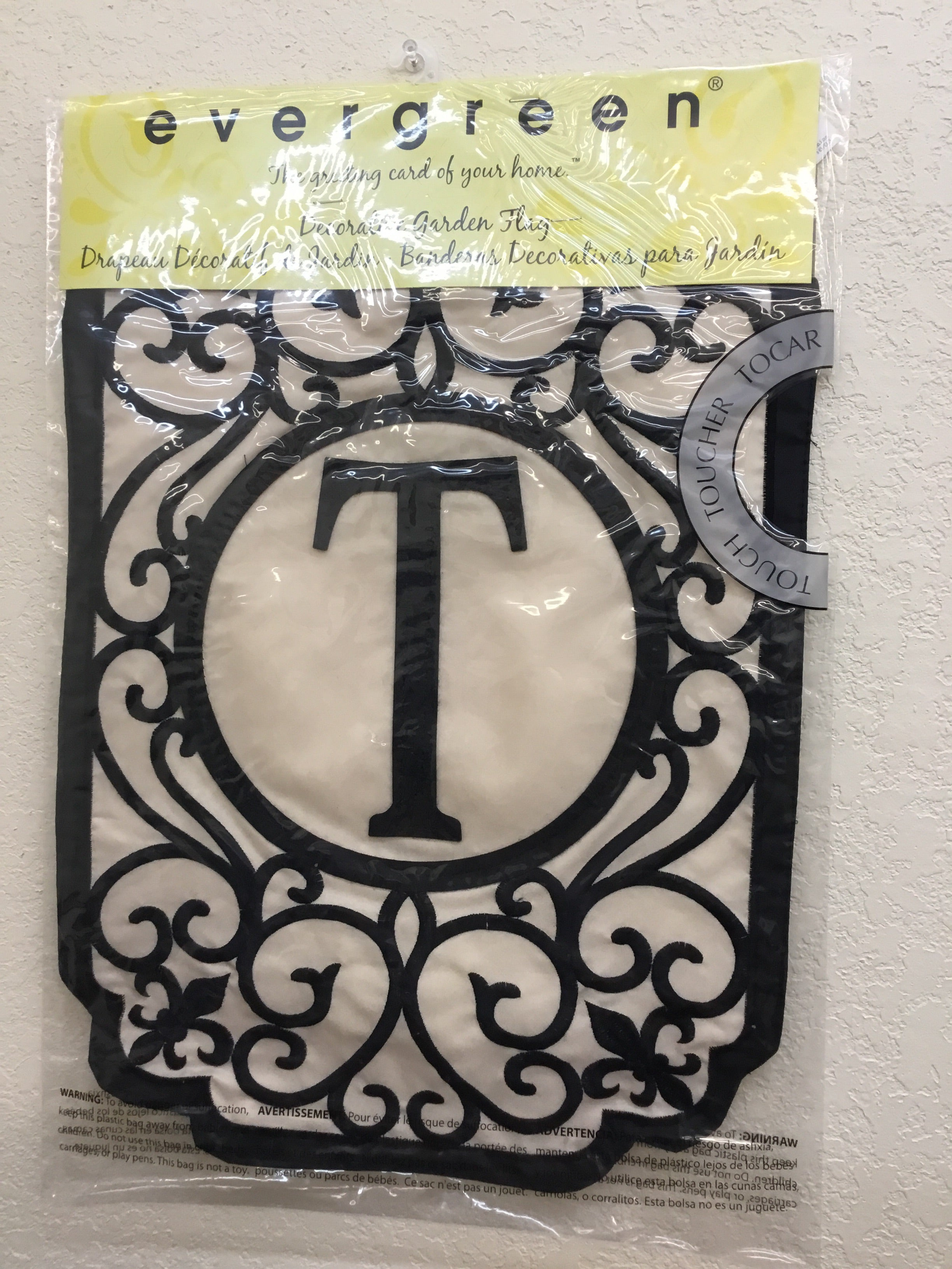 "Monogram ""T"" Applique Garden Flag"