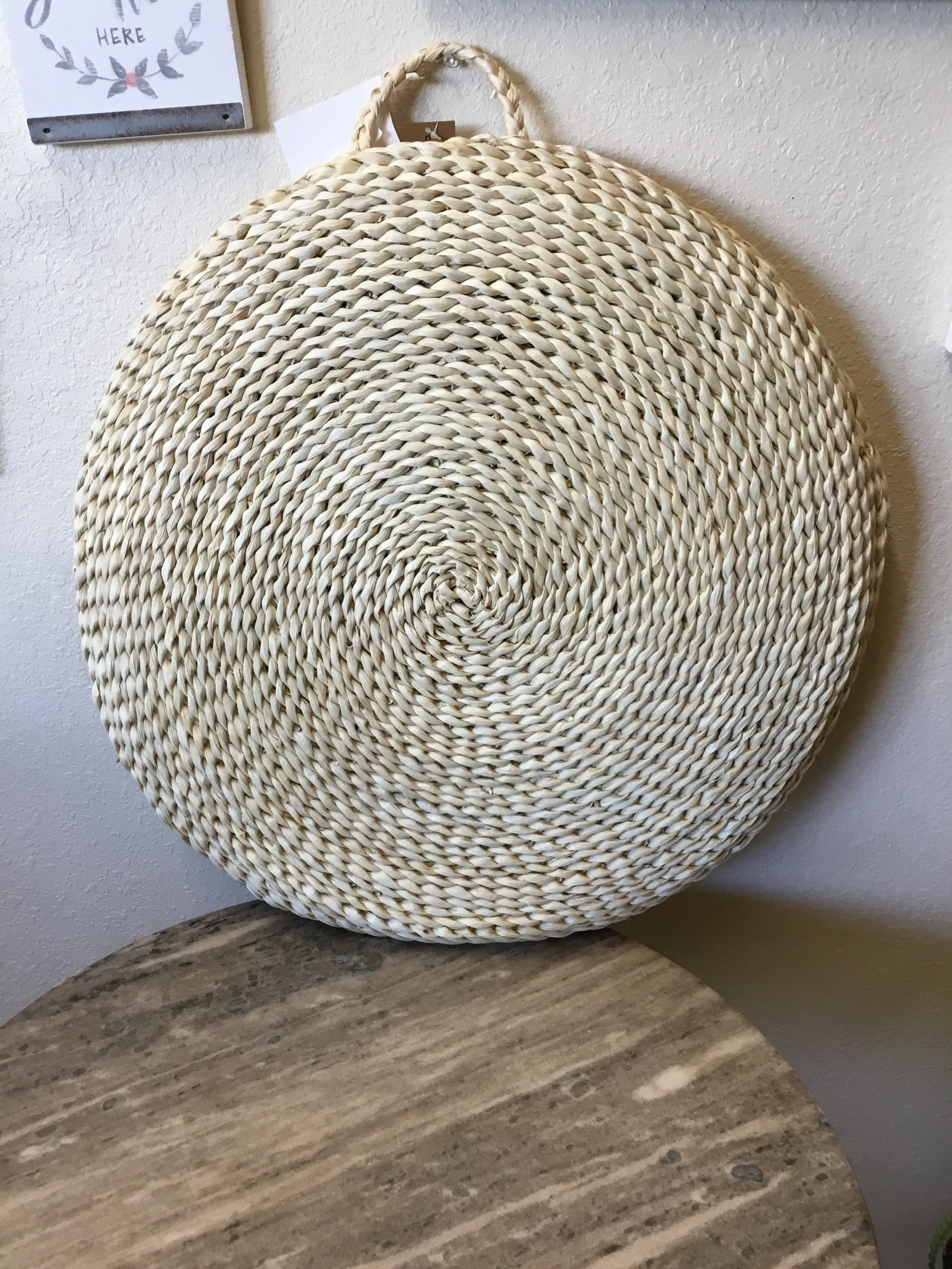 Round maize seat cushion
