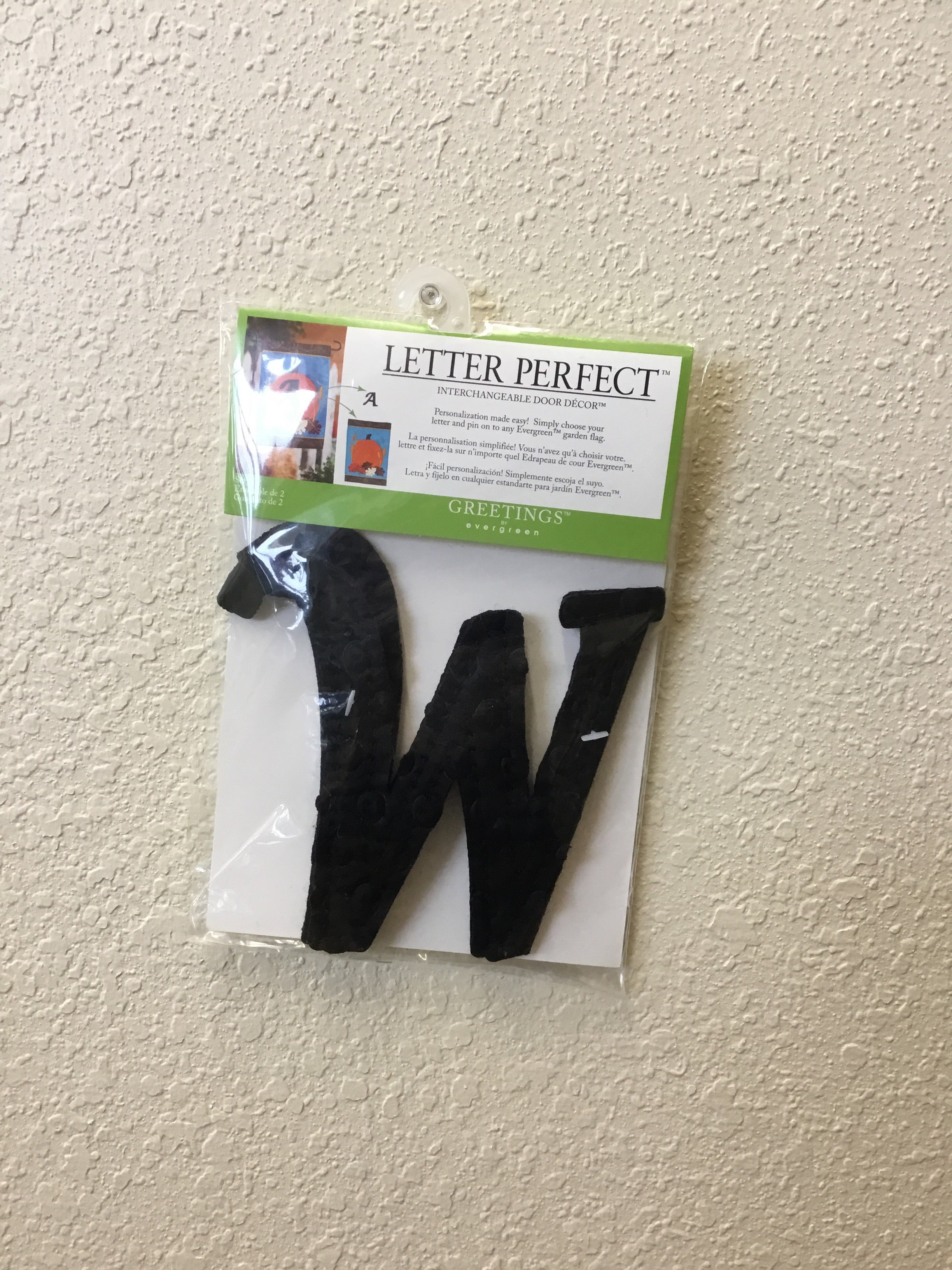 "Interchangeable ""W"" Flag Decor"