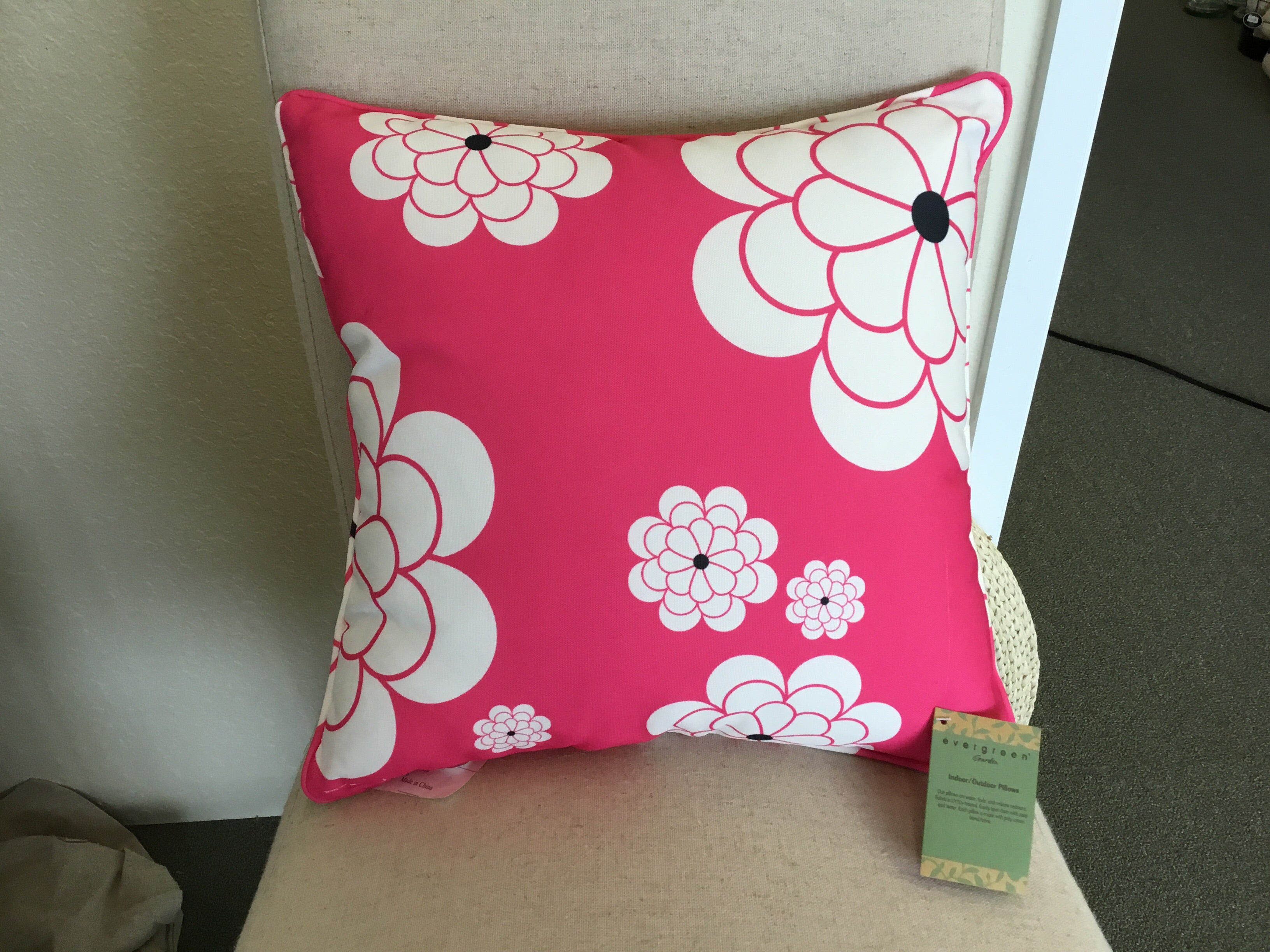 Evergreen Pink Petal Indoor/Outdoor Pillow