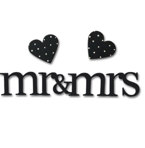 """Mr & Mrs"" w/heart magnets"