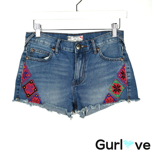 Free People W 25 Cut off Denim Shorts Embroidered