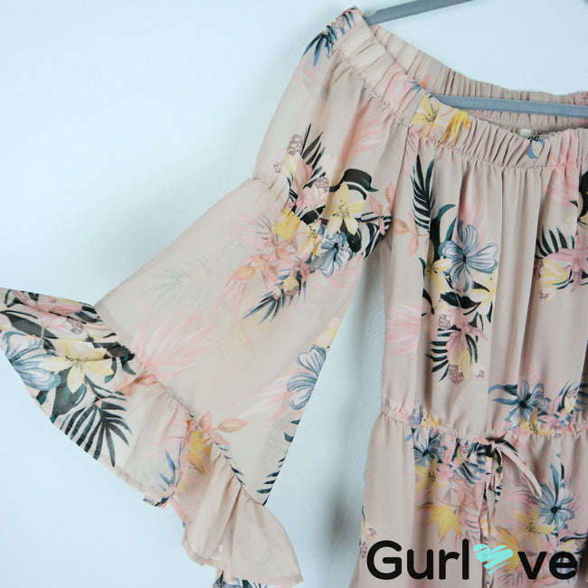 Hint of Blush Floral Open Shoulder Bell Sleeve Romper Size S