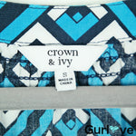 Crown & Ivy Blue Print Geometric V Neck 3/4 Sleeve Top Size S