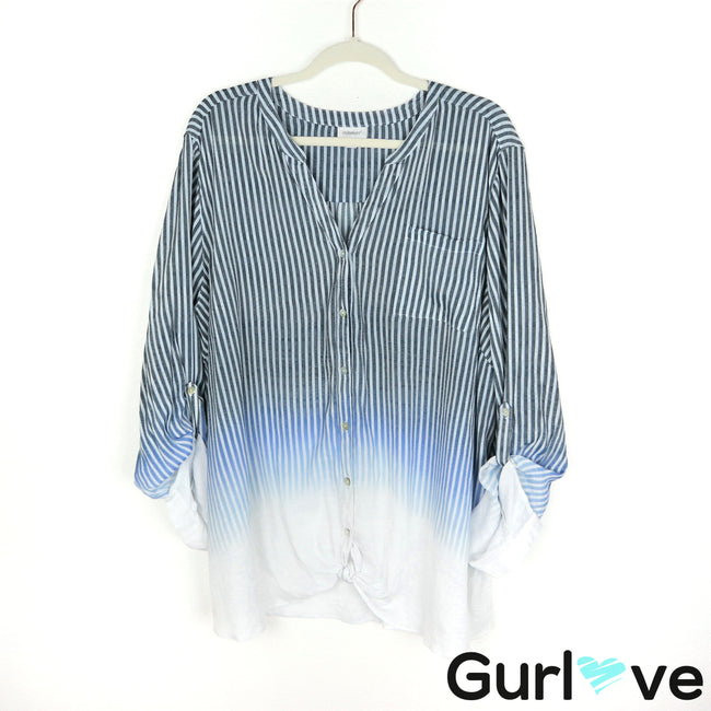 Avenue Size 26/28 Blue White Ombre Front Tie Button Top