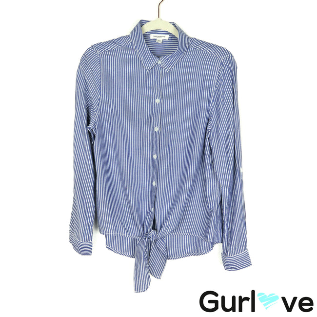 Beachlunchlounge Size M Blue Striped Front Tie Button Top