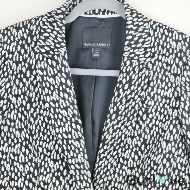 SALE Banana Republic Petite Black White Print Blazer Size 10