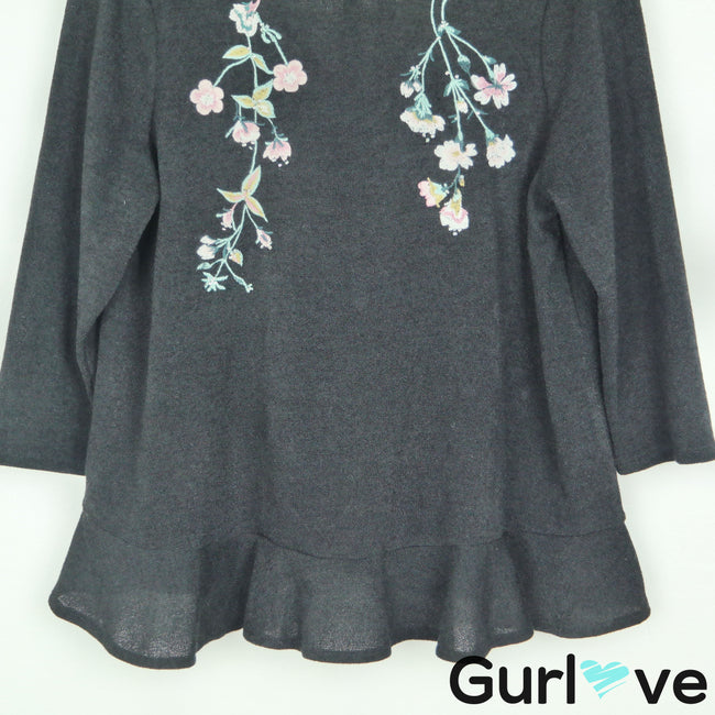 Lauren Conrad L Black Embroider Flowers 3/4 Sleeve Ruffle Top