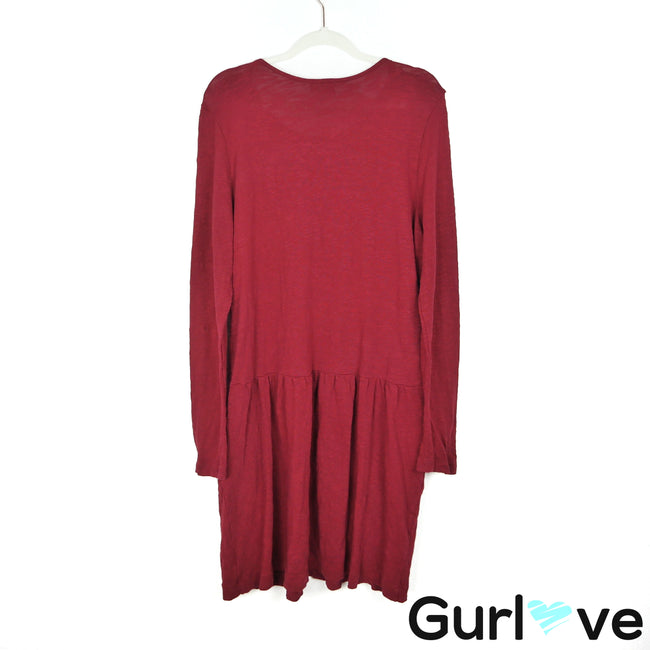 t.la Anthro Size XL Red Long Sleeve Knit Mid Dress