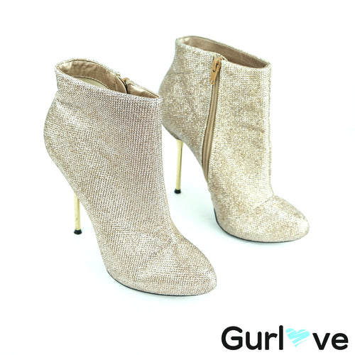 Qupid Gold Shiny Booties Heels Size 7