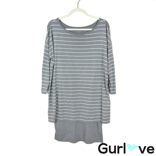 Garnet Hill Size M Gray Striped Boxy Dress