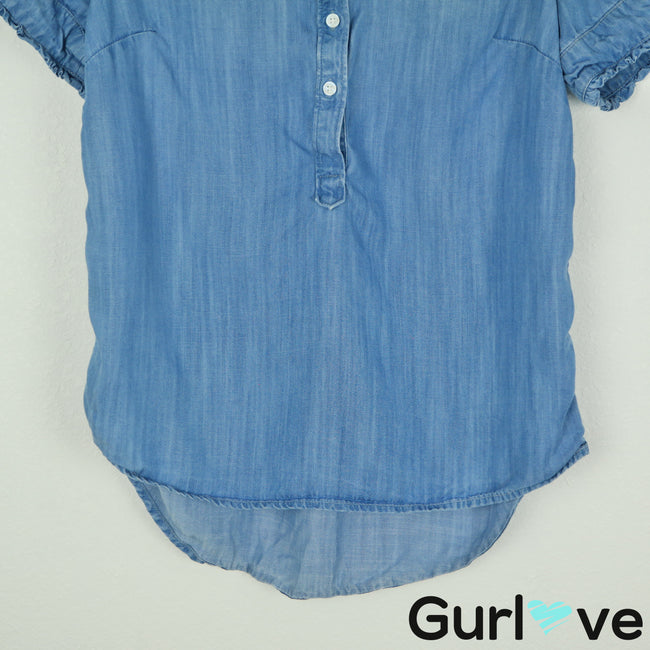 Crown & Ivy Size S Blue Chambray Short Sleeve Top