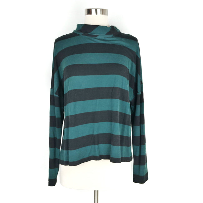 SALE Chico's Green Black Light Sweater Size L