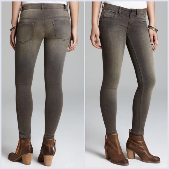 NWT Free People Murray Wash Crop Jeans Size W 26