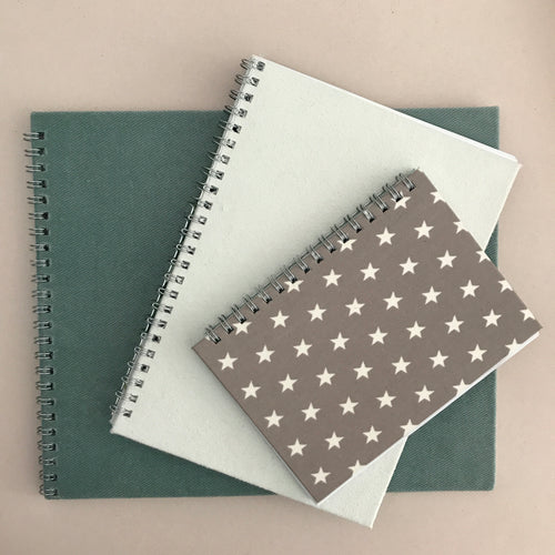 Planner with star pattern on cover, grey stars, light brown planner, zvezdice, zvezde, vzorec z zvezdami, personaliziran rokovnik, personalised planner, custom made, planner, journal, name on cover, ime na platnici, rokovnik, prilagojen rokovnik