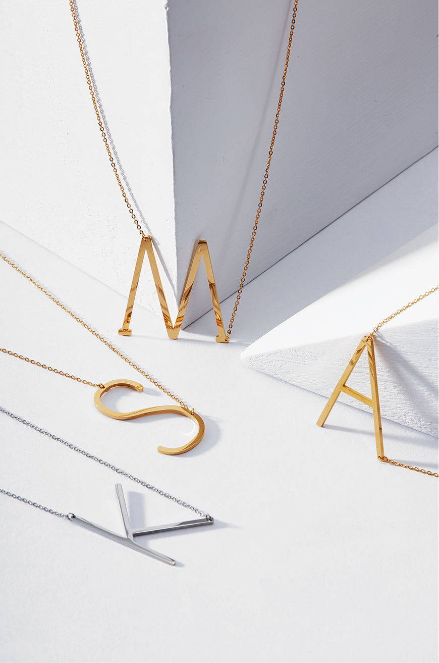 Fashion Initial Pendant Necklace