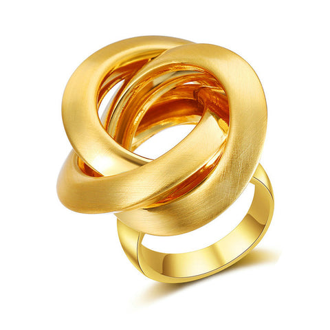 Geometric Gold Circles Surround Cross Ring - seraie