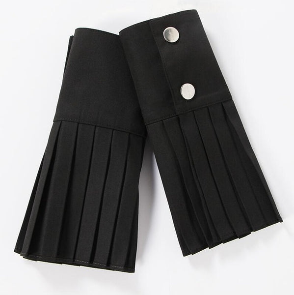 Pleated Clothing Cuff