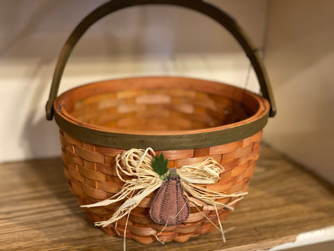 Boyds Collection - Cinnbeles Punkin Basket Large